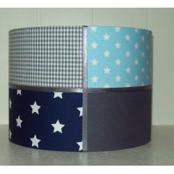 Donkerblauw, lichtblauw en grijs