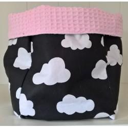 Roze, zwart en wit wolken